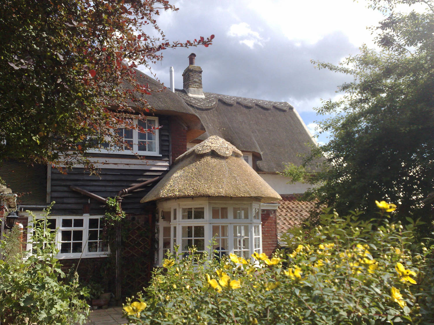 Thatched_Roof_St_Nicholas