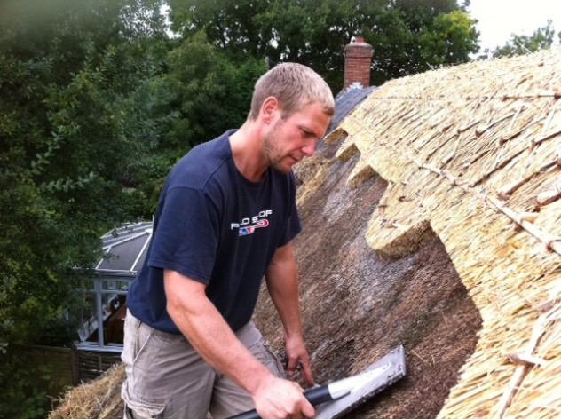 Master thatcher, Mark Padfield - Roof Thatchers West Sussex